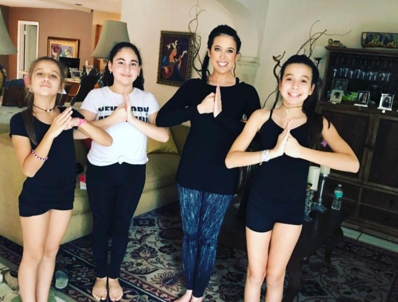 Maria Rosa and yoga kids